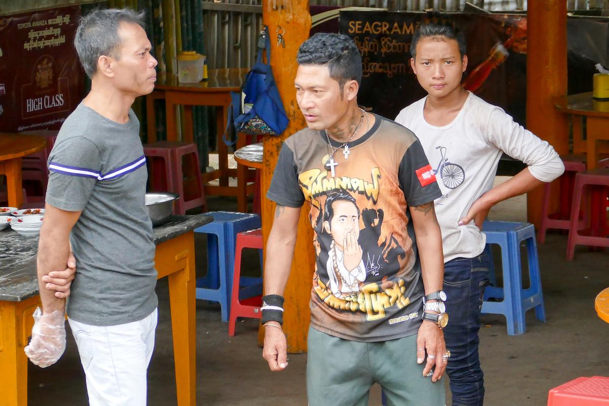 Shan State, Gokteik Viadukt, man achte auf die Uhren