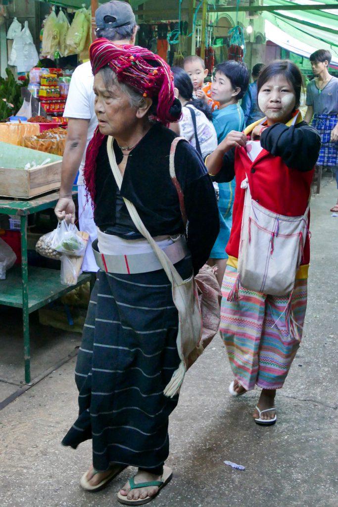Shan State, Lashio, Dame einer ethnischen Minderheit