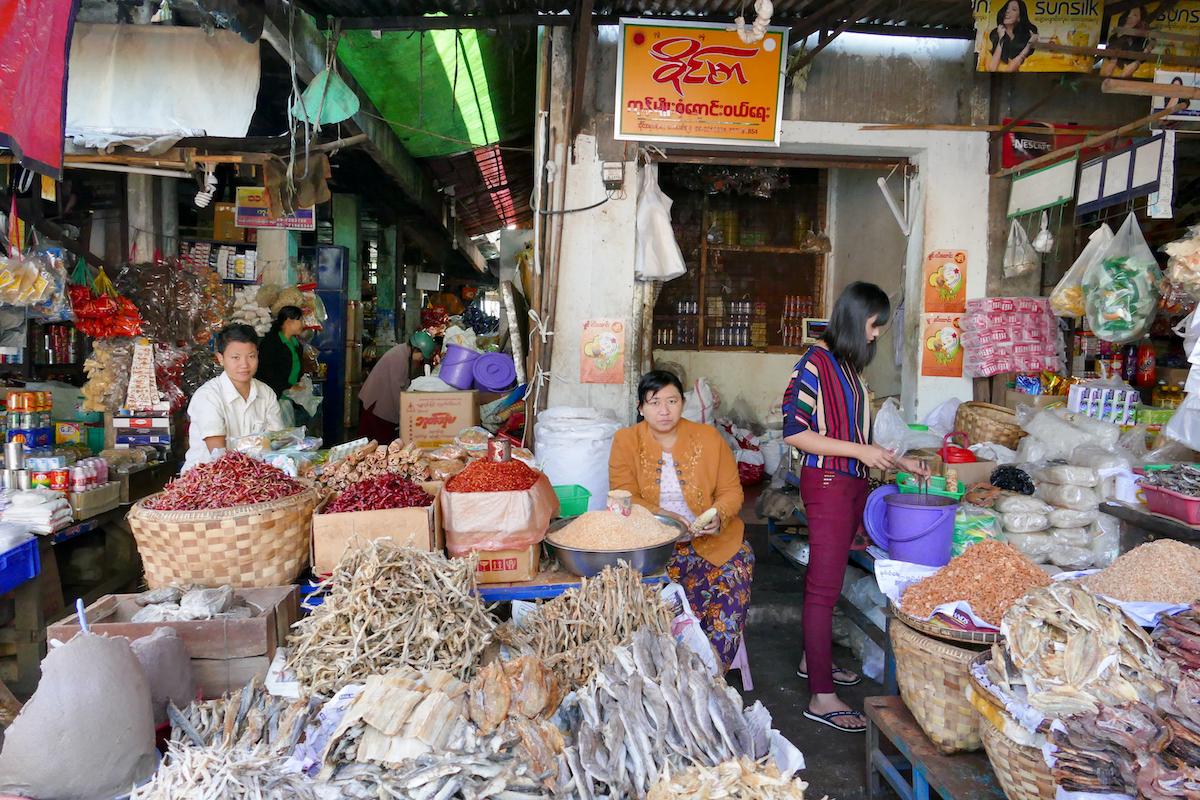 Shan State, Lashio, selbst hier gibt es Massen an Trockenfisch