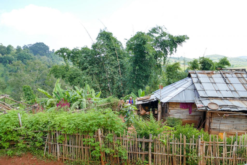 Shan State, Man Loi, der kleine Hof der Padaung-Frau