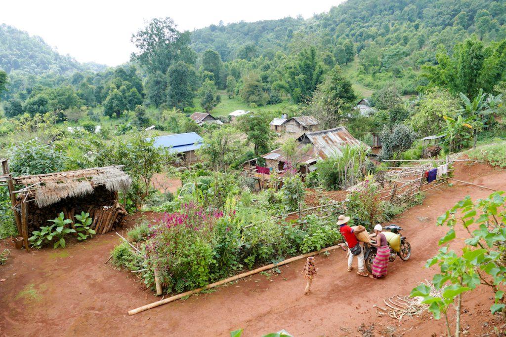 Shan State, Man Loi, im Dorf