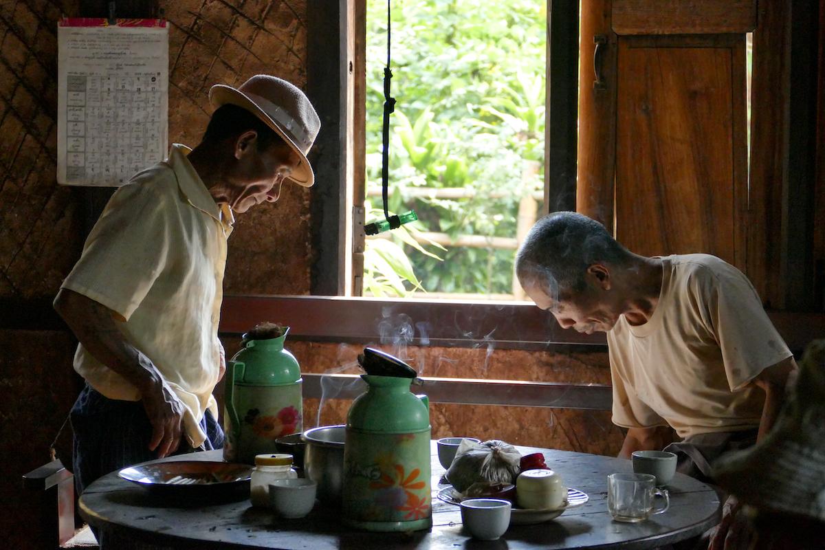 Shan State, Man Loi, im Haus der Padaung