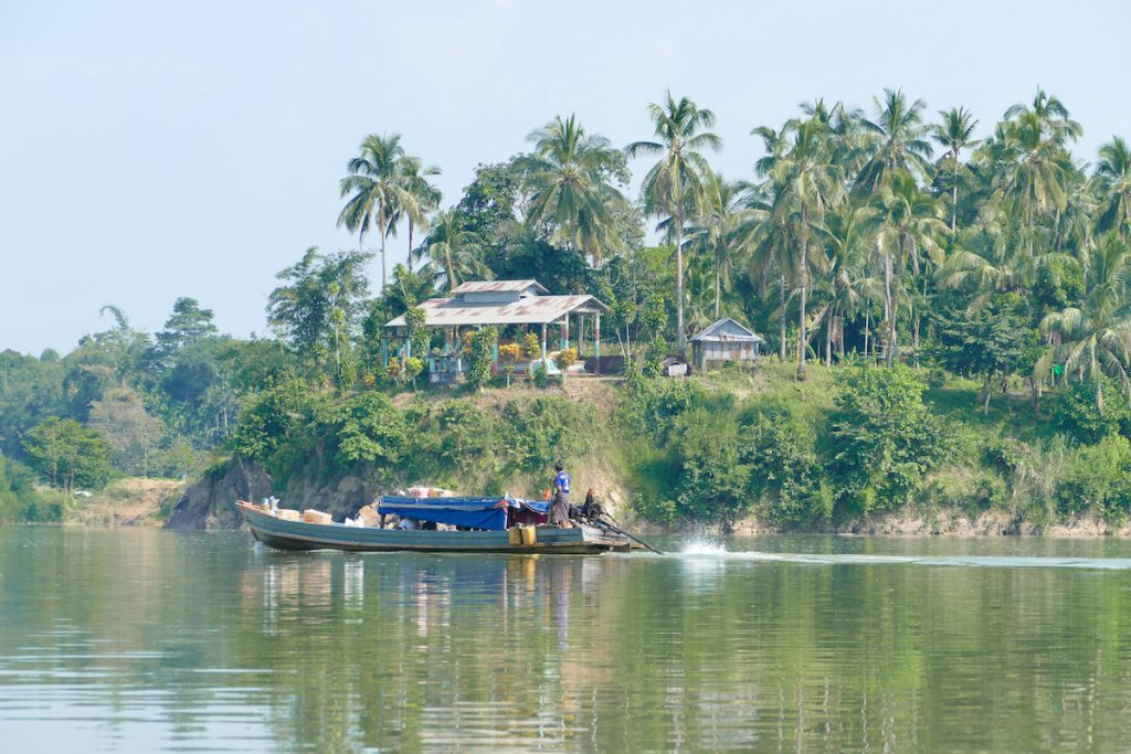 Tanintharyi, ein Kloser am Fluss