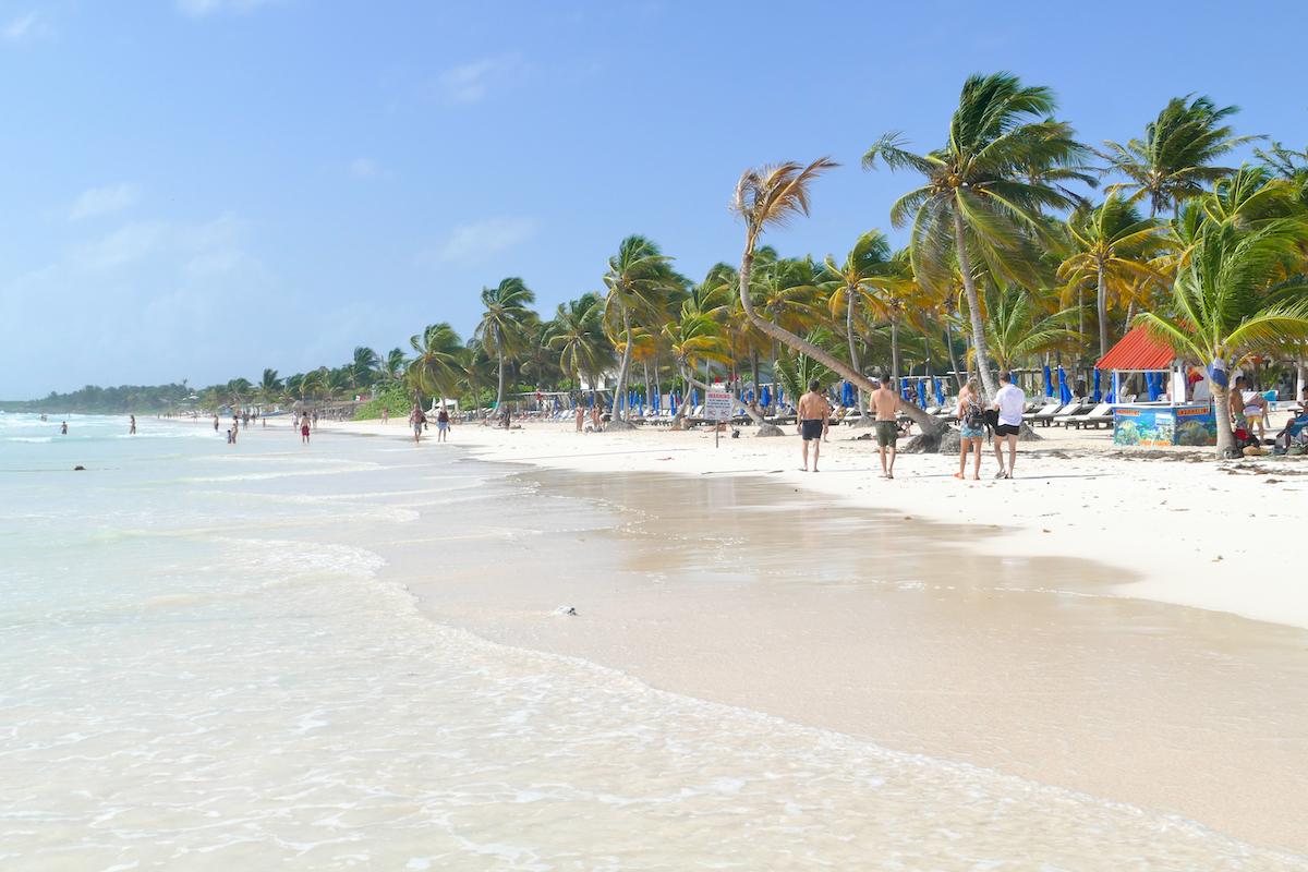 Tulum Paradise Beach, kilometerlanger feinster Sandstrad