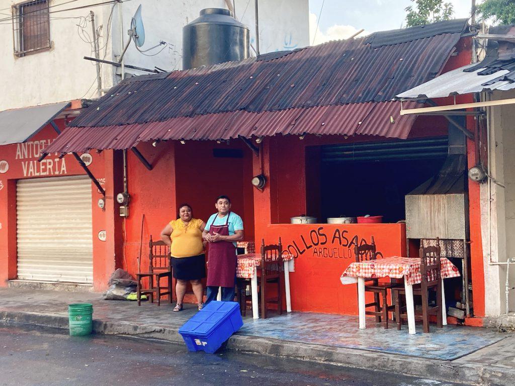 Tulum, in den Seitenstrassen geht es sehr entspannt zu