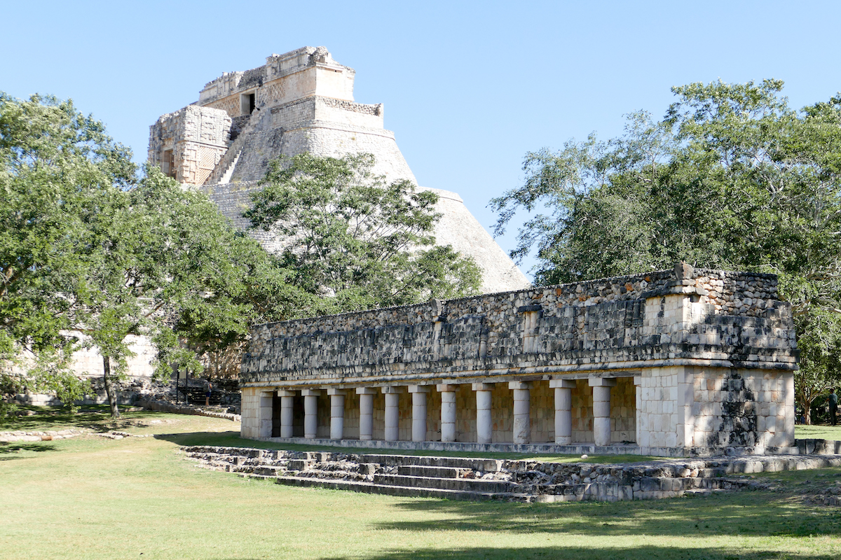 Uxmal, House of the Magician und Leguanhaus